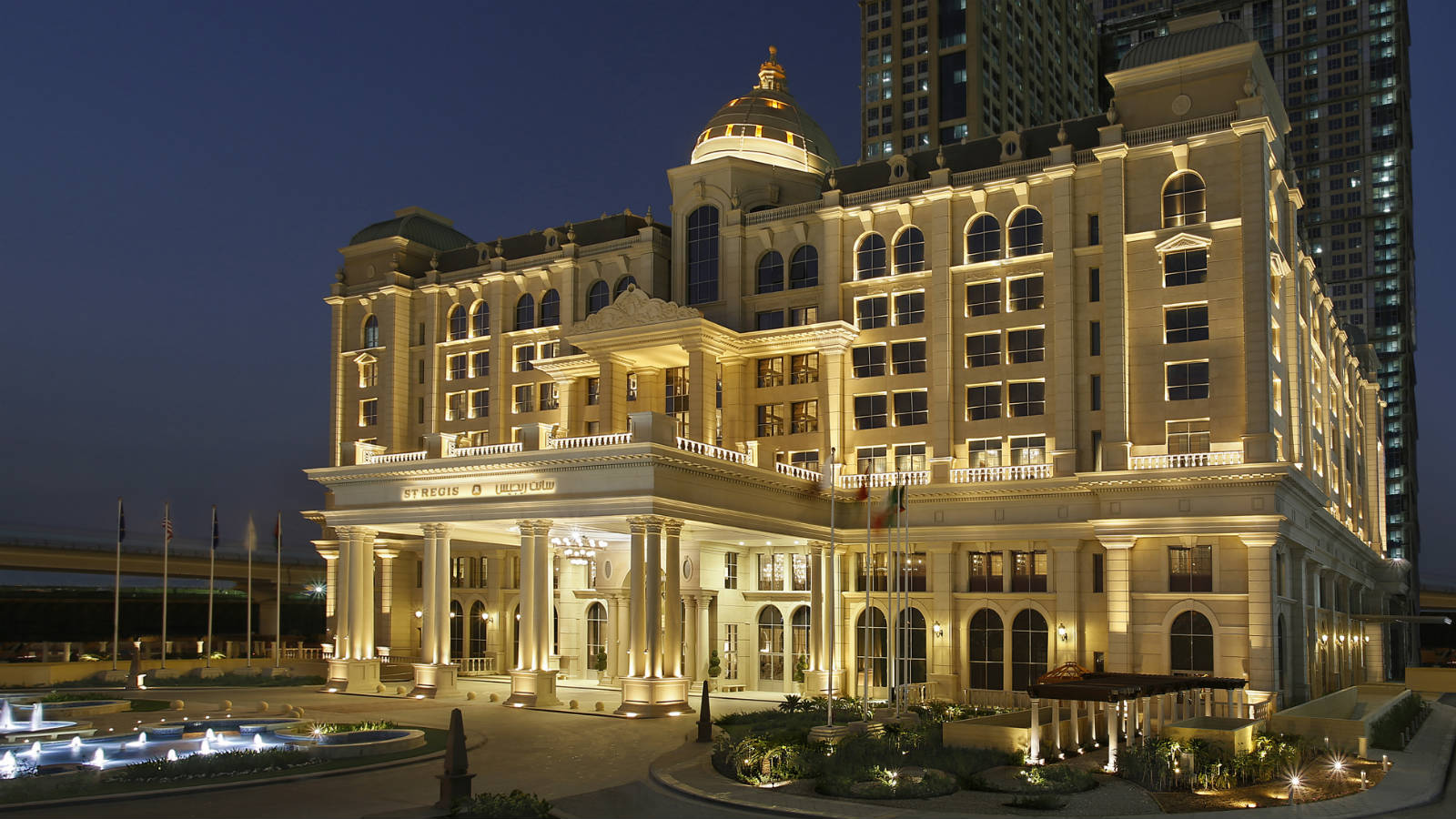 St-Regis-Dubai---Lineart Lighting linear wall washer project---Exterior shot